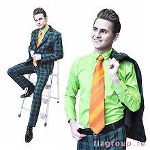 Зеленый костюм в клетку стиляги