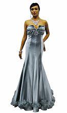 Платье в пол с открытым декольте